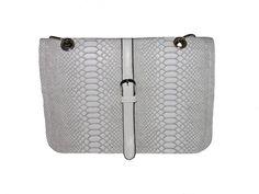 Zack veske 299,- Michael Kors Jet Set, Tote Bag, Wallet, Bags, Fashion, Pocket Wallet, Handbags, Moda, Dime Bags