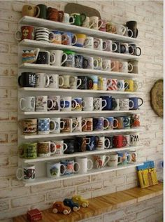 Nada melhor para acompanhar uma leitura do que uma caneca com um café, um chá ou um chocolate quente, ainda mais se estiver um fr...