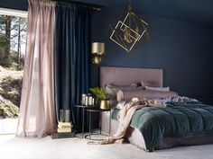 35 Amazingly Pretty Shabby Chic Bedroom Design and Decor Ideas - The Trending House Bedroom Red, Trendy Bedroom, Home Decor Bedroom, Bedroom Ideas, Blue Bedroom Curtains, Dark Blue Curtains, Bedroom 2018, Wood Bedroom, Diy Curtains