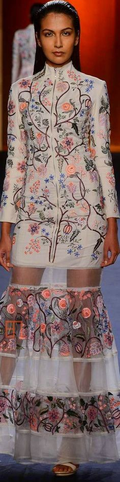 Rahul Mishra For Amazon INDIA Couture Week 2015 ♕♚εїз   BLAIR SPARKLES  