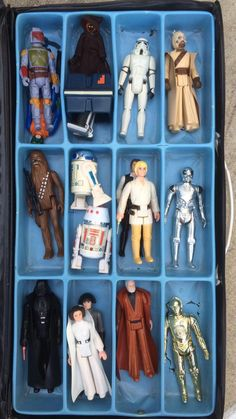 This case here in this photo was not an official STAR WARS Kenner case but I had two of these for my many figures. I remember the light blue plastic divider was very thin and easily damaged. Star Wars Toys, Star Wars Art, Star Trek, My Childhood Memories, Childhood Toys, Retro Toys, Vintage Toys, Jouet Star Wars, Nostalgia