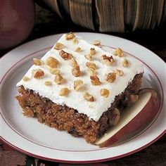 Apple Walnut Cake Recipe -This moist cake is perfect for brunch. It gets its appeal from big chunks of sweet apples, nutty flavor and creamy frosting. The recipe, originally my mom's, is a unique harvest treat. Diabetic Desserts, Fall Desserts, Just Desserts, Diabetic Meals, Cake Mix Recipes, Pound Cake Recipes, Dessert Recipes, Apple Walnut Cake Recipe, Fresh Apple Cake