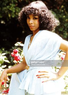 Queen of disco Donna Summer poses during a portrait session at her home in circa 1980 in Los Angeles, California.