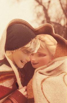 Image via We Heart It https://weheartit.com/entry/133500440/via/25325312 #art #CL #cold #couple #cute #disney #dreamworks #frozen #jackfrost #laugh #love #modern #Queen #smile #snow #winter #elsa #jelsa #rotg #riseoftheguardians #suvvi
