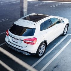 New obsession. Mercedes Benz GLA 259  .. I'll take it in white with peanut butter interior ...