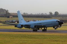 Boeing Rivet Joint aircraft arrives at RAF Waddington [Picture: Senior Aircraftman Blake Carruthers, Crown copyright] 12 November 2013 Ministry of Defence and Defence Equipment and Support The first of 3 Rivet Joint signals intelligence aircraft. Old Planes, Boeing Aircraft, Experimental Aircraft, Royal Air Force, Royal Navy, Military Aircraft, Fighter Jets, Aviation, Signals Intelligence
