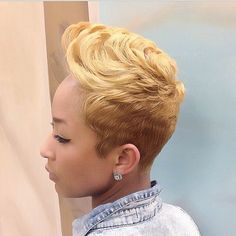 Grow Lust Worthy Hair FASTER Naturally} ========================== Go To: www.HairTriggerr.com ========================== Her Cut, Color, and Style is Super HOT!!!