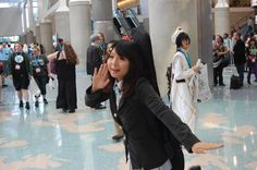 Moe money, moe problems: this K-On! cosplayer was too cute.