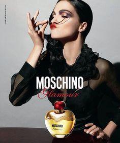 Moschino Glamour EDP 100 ml. ราคาปกติ 3500 บาท ❤️ลดเหลือ 2000 บาท❤️ ฟรีค่าส่ง EMS กลิ่นหอมหวานมาในขวดรูปแอบเปิ้ลสีทอง สดใส น่ารักมากค่ะ แนวกลิ่นหอมหวานจากผลไม้ต่าง ๆ สื่อให้เห็นถึงความเป็นหญิงสาวสมัยใหม่แต่ก็ยังคงมีความสวยใส แนวกลิ่นหอมหวานจากผลไม้ต่าง ๆ ติดต่อสอบถามทาง Inbox Line ID : AdamEva.parfum Tel : 094-846-9415 #Moschino #glamour #MoschinoGlamour #perfume #น้ำหอมแบรนด์เนม #น้ำหอมMoschino #น้ำหอมMoschinoGlamour