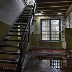 don't go upstairs - #GdeBfotografeert