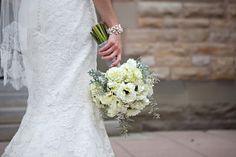 white wedding florals by Sage Designs - Julie C Butler Photography - www.juliecbutlerphotography.com