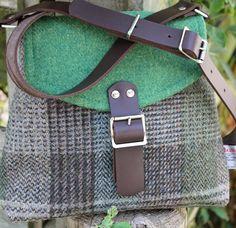 Scottish Gifts - Beautiful Harris Tweed Shoulder Bag www. Vêtement Harris Tweed, Bag Patterns To Sew, Sewing Patterns, Scottish Gifts, Fabric Gift Bags, Diy Handbag, Popular Handbags, Tote Storage, Art Bag