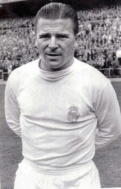 Ferenc Puskas, a prolific goal scorer for the national soccer team of Hungary and the Real Madrid club in Spain and, by wide agreement, the game's first international superstar Football Icon, Real Madrid Football, Best Football Team, Football Kits, Football Soccer, Pure Football, Soccer Tips, Nike Soccer, Soccer Cleats