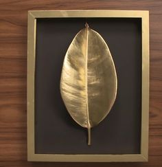 Add glamour through decorative objects to any home, enhances it. Gold Leaf Art, Leaf Wall Art, Diy Wall Art, Diy Wall Decor, Decor Crafts, Diy Art, Home Crafts, Metal Walls, Decorative Accessories