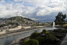 Vista de Quito desde el Museo del Agua Yaku / View of Quito from Yaku Water Museum, 2 by WATERLAT-GOBACIT, via Flickr
