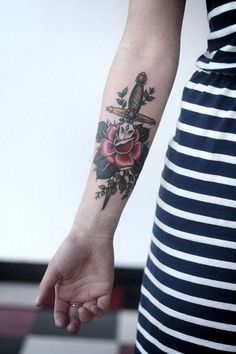 Tatuaggi femminili old school (Foto) | Bellezza