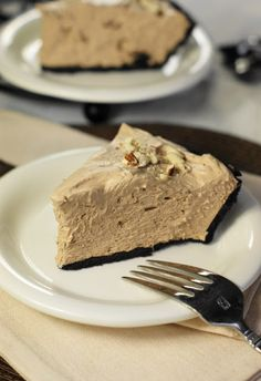 No-Bake Hershey's Chocolate Bar Pie. You won't believe a pie this good can be this easy. www.thekitchenismyplayground.com #chocolate #pie