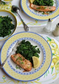 Parmesan and Chive Salmon Steaks with Garlic and Nutmeg Spinach = 295 calories