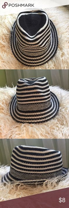 Black & White Striped Fedora Crocheted black and white fedora. Perfect for dressing up any casual outfit--take it to the next levelllll 🙌 Adjustable strings inside allow for tighter/looser fit. Accessories Hats