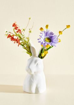 Brighten up your bestie's bedside table with this adorable ceramic vase shaped like a bunny.