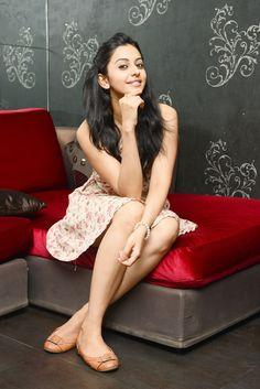 Yaariyan Hottie Rakul's Sexy Poses | Regional | Slide 17 | www.indiatimes.com | Page 17