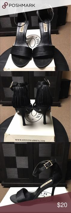 Steve Madden Black heels Steve Madden Black heels. Pleated detail on heel, satin material. Great heel for wedding or a night out. Worn once. Size 8. Steve Madden Shoes Heels