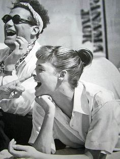 #vintage Isaac Mizrahi and Linda Evangelista, 1994 #90s #thesupers