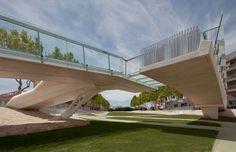 Gallery of Kiss Bridge / Joaquin Alvado Bañon - 5
