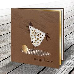 The card is made of mat brown paper. There is a design of hen laser cut and printed on the cover.The insert is one-sided gold. Easter Greeting Cards, Greeting Cards Handmade, Easter Games, Karten Diy, Card Book, Animal Cards, Pretty Cards, Card Tags, Anniversary Cards