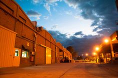Fabrica Grupo Ritex Atardecer en el mes de Abril. Planta Industrial Tejido de Punto.
