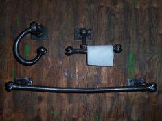 Ensemble 3 morceaux pour la salle de bain en fer forgé massif, ensemble unique nommé ''Bonie's''.