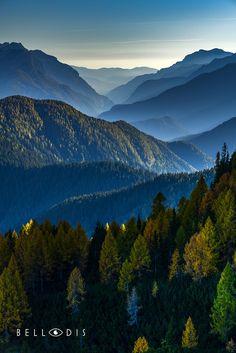 https://flic.kr/p/CJviPs | 170835  Autumn panoramas on Dolomites