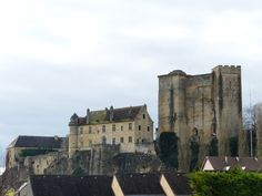Château d'Excideuil ►► http://www.frenchchateau.net/chateaux-of-aquitaine/chateau-d-excideuil.html?i=p