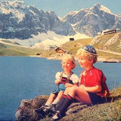 Melchsee-Frutt Tourismus's photo: #retro #traditional #postcard  #infrontof #melchsee #melchseefrutt