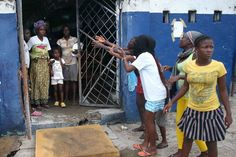 Mob Destroys Ebola Center In Liberia Two Days After It Opens