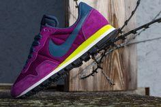 Nike Wmns Air Pegasus `83
