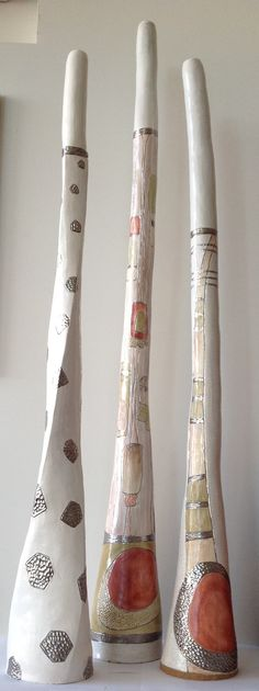 How tо Make а Wooden Walking Stick Rustic Design, Wood Design, Painted Branches, Didgeridoo, Pole Art, Benjamin Moore Colors, Wooden Walking Sticks, Driftwood Art, Driftwood Sculpture