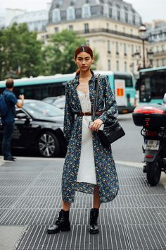 HoYeon Jung Street Style 2018, Model Street Style, Street Style Women, Fashion Art, Autumn Fashion, Fashion Outfits, Womens Fashion, Haute Couture Looks, Mixing Prints