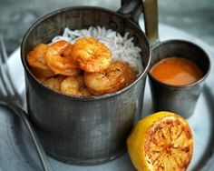 This simple prawn curry from Aileen Fernandes caught Madhur Jaffrey's eye because it's rich with flavour Goan Recipes, Mango Recipes, Curry Recipes, Fish Recipes, Indian Food Recipes, Cooking Recipes, King Prawn Curry, Goan Prawn Curry, Lamb Curry