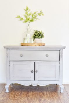 Miss Mustard Seed's Milk Paint is a versatile milk paint that is available in 25 gorgeous colors and can be purchased through retailers around the globe. Milk Paint Furniture, Furniture Projects, Furniture Makeover, Painted Furniture, Diy Furniture, Bedroom Furniture, Furniture Refinishing, Master Bedroom, Bedroom Decor