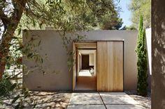 Shelter / Esteva i Esteva Arquitectura