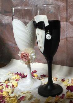 Elegant Wedding, Floral Wedding, Dream Wedding, Unique Wedding Gifts, Elegant Bride, Home Wedding, Our Wedding Day, Unique Weddings, Bride And Groom Gifts