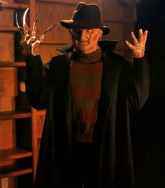 Wes Craven's New Nightmare: Promotional Gallery New Nightmare, Nightmare On Elm Street, Freddy Krueger, Scary Movies, Horror Movies, Freddy's Nightmares, Horror Villains, Goth Wallpaper, Wes Craven