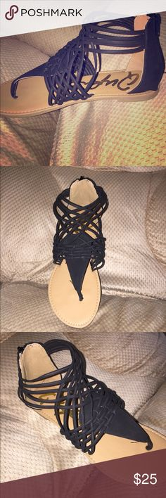 GORGEOUS Brand New Gladiator Sandals Size 8.5 Brand new gladiator sandals. Guys these are sooooo cute! Unfortunately not for wide feet so I have to sale. Straps are black. Zipper on the back. Shoes Sandals