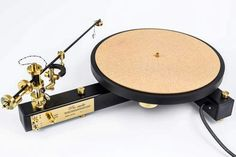 Beautiful Pre-audio turntable. High end audio audiophile