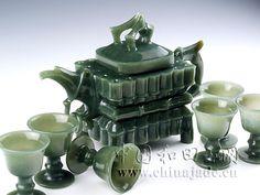 Carved jade.... WHOA WHOA WHOA WHOA DUDE   That is gorgeous !!!!!!.