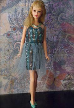 Mod Era Barbie - Twist n' Turn Francie - blonde