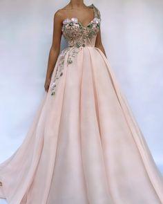 Queen Pink Embel TMD Gown