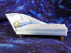 Petite-Princess-Blue-Boudoir-Chaise-Longue-Lounge-With-Pamphlet-New-Old-Stock