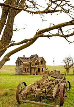 Abandoned wheat farm, The Dalles, Oregon. I would fix this up. And live there